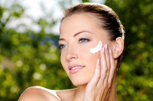 Is Mixing Skincare Products Dangerous?